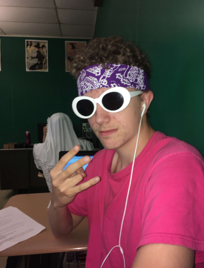Liam studying before his French final.