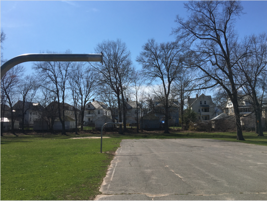 Town+of+west+Hartford+has+removed+all+backboards+to+basketball+hoops+in+order+to+enforce+social+distancing.+