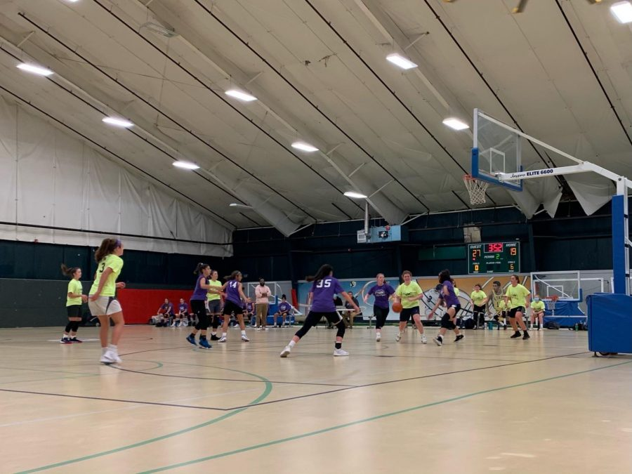 The Hall girls basketball team plays against Simsbury in a fall league game. Photographed by Tim Sullivan.